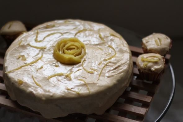 guava cake w:cupcakes