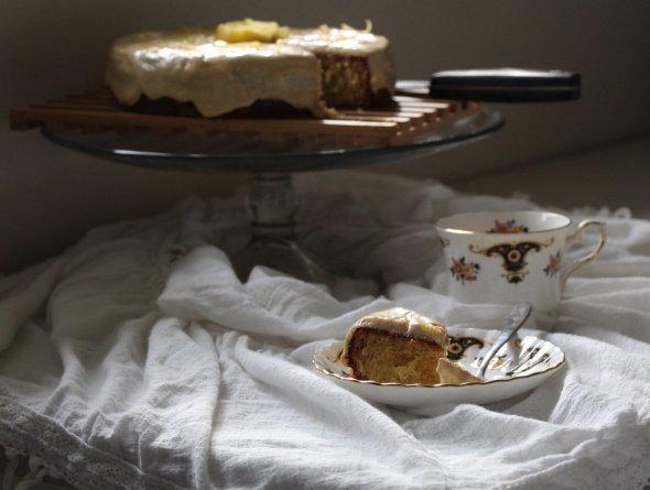 guava cake:tea:slice